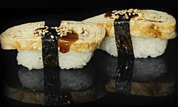 Суши Тамаго с омлетом